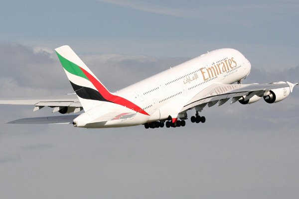 Emirates A380 nearly collides with another plane over Mauritius