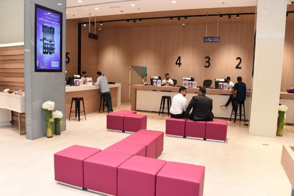 Viva Bahrain set for iPhone X units launch